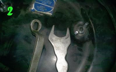 Ключ для фиксации штока передних амортизаторов