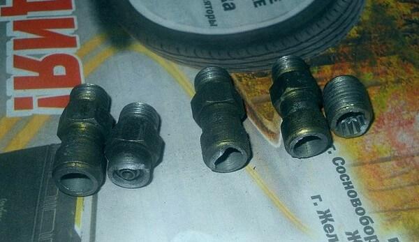 Ремкомплект: пружина, клапан, штуцер