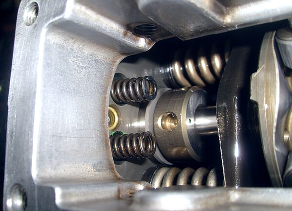 Установка пружин привода дозатора
