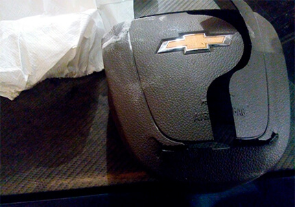 Проверка подушки безопасности в руле