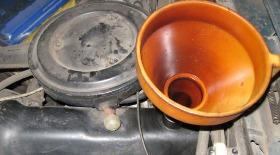 Замена масла в двигателе ВАЗ 2107, сколько масла в двигателе