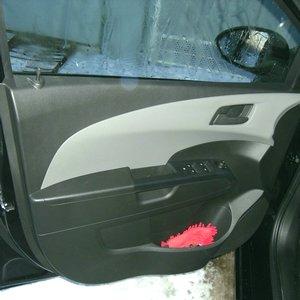 Снятие и установка обшивки дверей Chevrolet Aveo T300