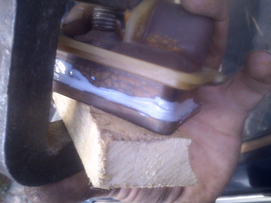 ремонт трещины бочка радиатора