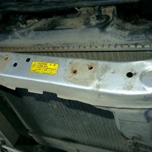 Замена радиатора Mazda Demio