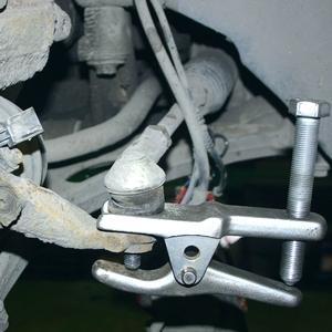 Замена рулевых наконечников на Passat B6