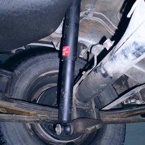 Замена заднего амортизатора Toyota Corona/Caldina