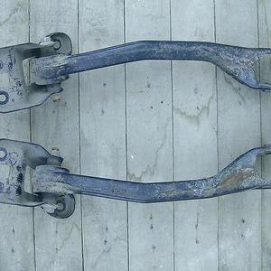 Замена задних продольных рычагов Suzuki Grand Vitara