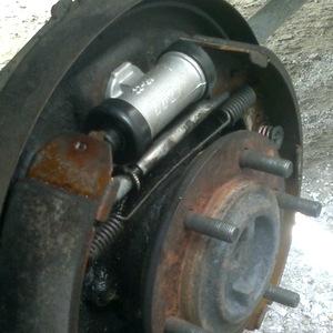 Замена тормозного цилиндра Suzuki Grand Vitara