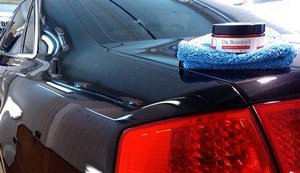 Восковая полироль для кузова автомобиля