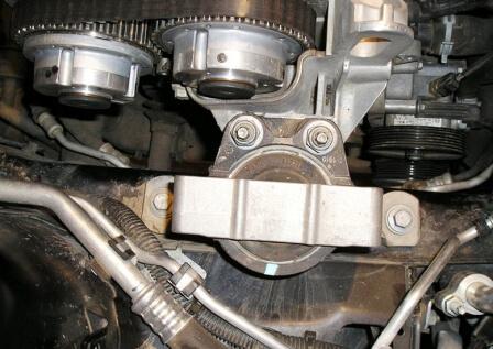 Крепление опоры двигателя Форд Фокус 2