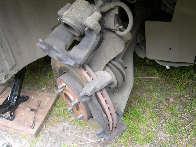 Ремонт переднего тормозного суппорта форд фокус 2