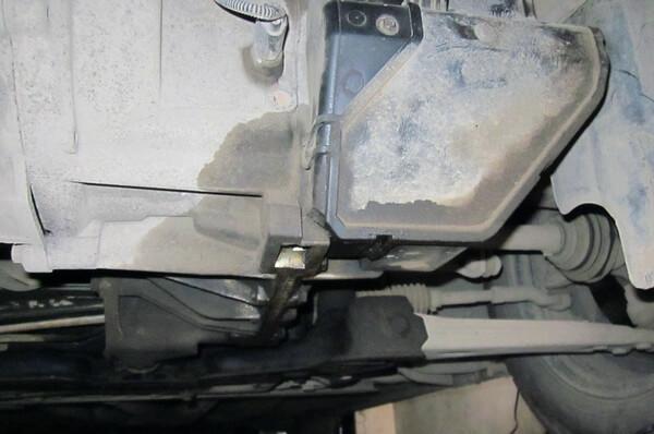 Замена сальника селектора коробки передач на Ford Focus 2