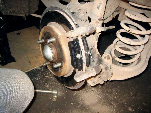 задние тормозные колодки Ford Focus 2
