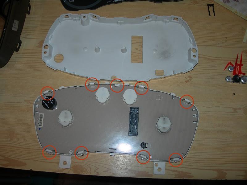 Разборка панели приборов Ford Focus II