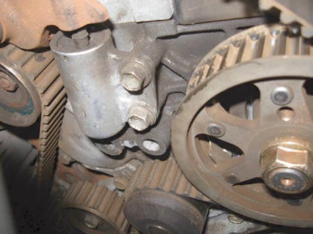 Снятие ремня ГРМ Toyota Corolla e11