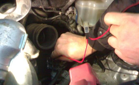 Подключение проводки подогрева топливного фильтра на Toyota Avensis Verso
