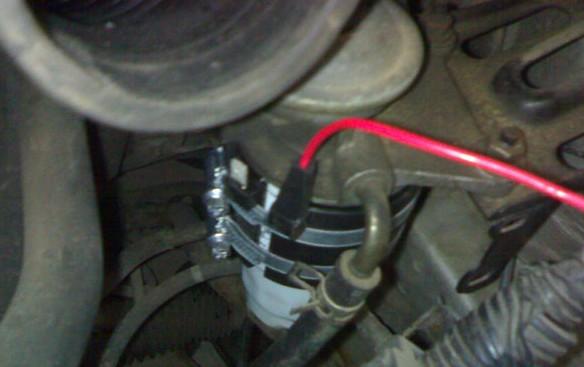 Подключение проводки подогрева топливного фильтра на Toyota Avensis