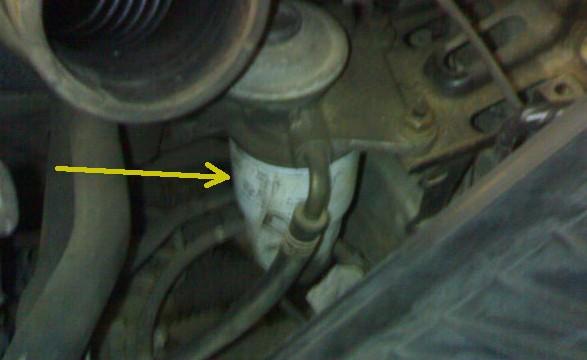 Топливный фильтр на Toyota Avensis Verso