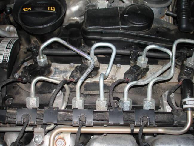двигатель на фольксваген крафтер как снять форсунки