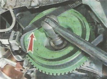Замена ремня генератора Лада Гранта