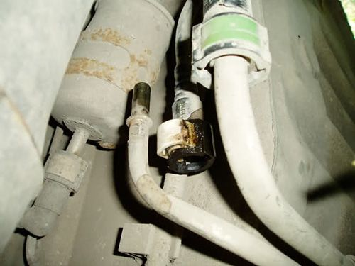 Как поменять топливный фильтр Форд Фокус?