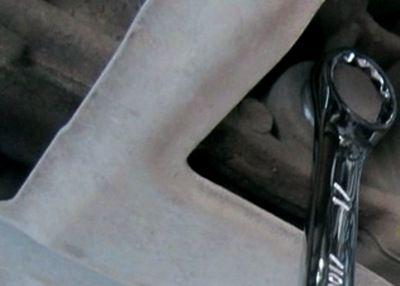 замена масла в коробке передач Гранта