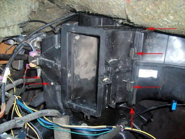 не работает переключатель воздуха audi 80