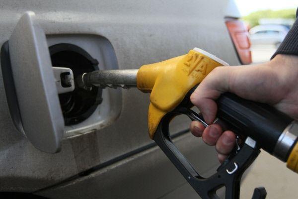 Заправка бензина ВАЗ 2114