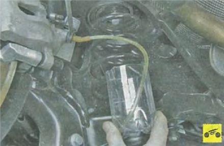 Замена тормозной жидкости ФФ3