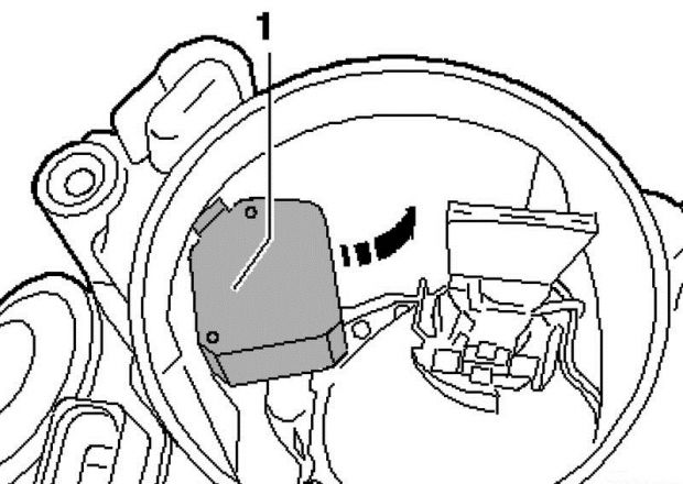 Как поменять моторчик в фаре