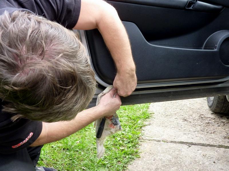 Как снять обшивку с водительской двери Nissan Qashqai