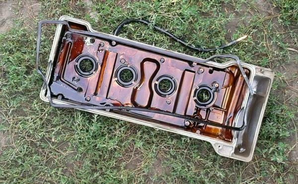 клапанная крышка двигателя Джили МК