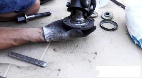 Замена передней ступицы ВАЗ 2110. Фото инструкция как поменять переднюю ступицу на ВАЗ 2110.