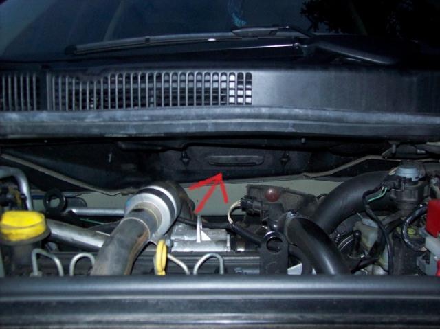 Замена салонного фильтра Renault Scenic 2 — Фотоотчёт, 8 фото: https://atlib.ru/report/246-zamena-salonnogo-filtra-renault-scenic-2