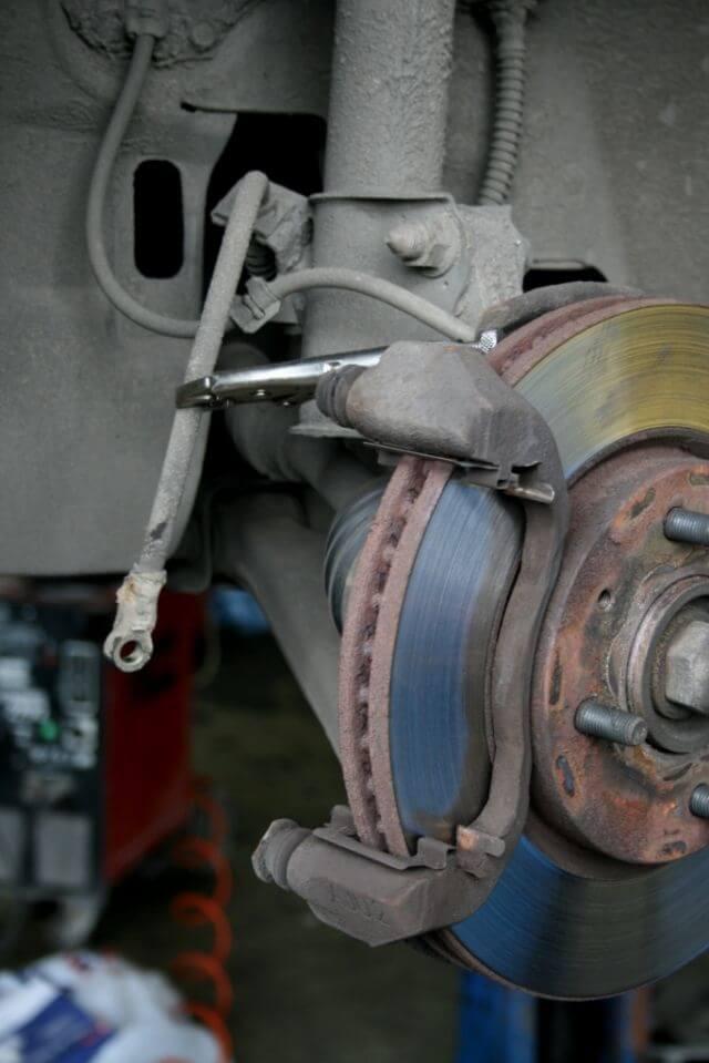 Переборка суппорта аутлендер Замена опоры двигателя nissan almera