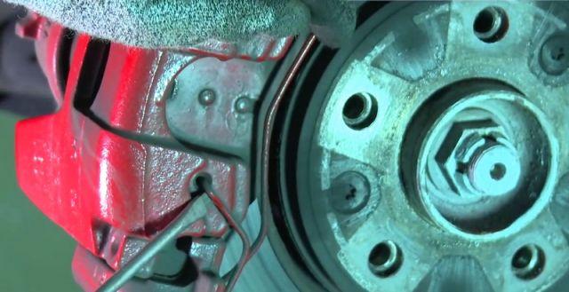 Замена передних тормозных дисков на рено меган 2 своими руками 187